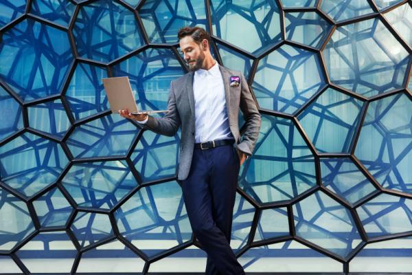 Ви го претставуваме Lenovo Yoga C930! Лаптоп кој ги спојува иновацијата и дизајнот!